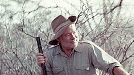 Ernest Hemingway, Afrika, 1953 (Forrás: JFK Library)