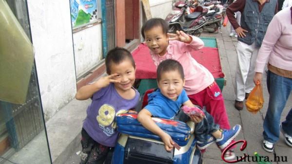 kínai szülők jó társkereső felhasználónév példák