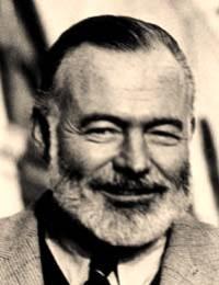 Ernest Hemingway (Fotó: Biblio.com)