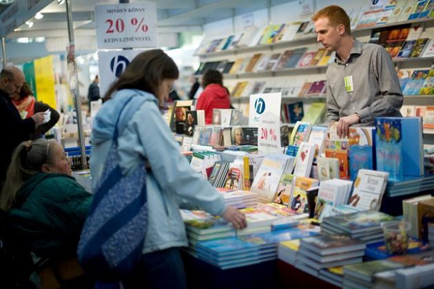 Budapesti Nemzetközi Könyvfesztivál (MTI Fotó: Kollányi Péter)