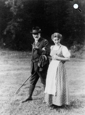 Sigmund Freud és lánya, Anna Freud (Fotó: Wikipédia)