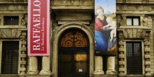 Raffaello: Esterházy Madonna, Palazzo Marino, Milánó (Fotó: Artribune.com)