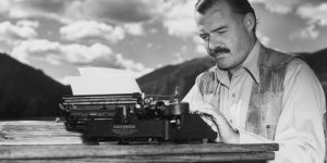 Ernest Hemingway (Fotó: Babelio.com)