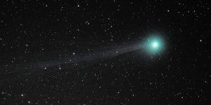 A több fotóból számítógéppel összeállított felvételen a C/2014 Q2 (Lovejoy) üstökös. (MTI Fotó: Komka Péter)