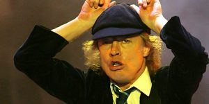 AC/DC - Angus Young (Forrás: acdc.com)