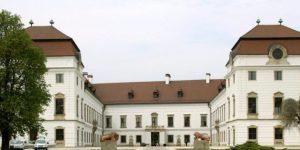 Az Esterházy-kastély Pápán. (MTI Fotó: Nagy Lajos)