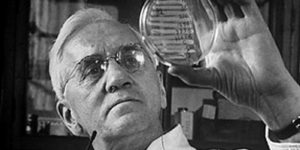 Alexander Fleming, a penicillin felfedezője (Fotó: Wikipédia)