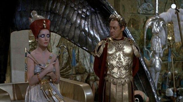 Kleopátra, Elizabeth Taylor és Rex Harrison, 1963 (Fotó: Listal.com)