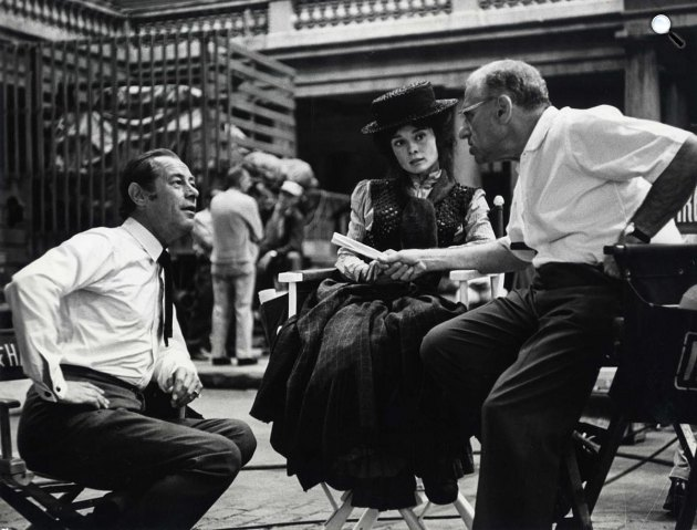 Audrey Hepburn, Rex Harrison és George Cukor a My Fair Lady forgatása idején, 1964 (Fotó: Listal.com)