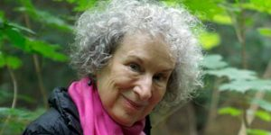 Margaret Atwood író és Katie Paterson, a Future Library-projekt vezetője (Fotó: The Future Library)