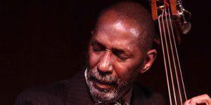 Ron Carter Grammy-díjas jazzbőgős