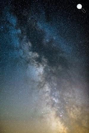 A Tejút az égbolton Salgótarján közeléből fotózva 2015. június 20-án. (MTI Fotó: Komka Péter)