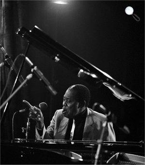 Memphis Slim jazz-zongorista, énekes (Fotó: Listal)