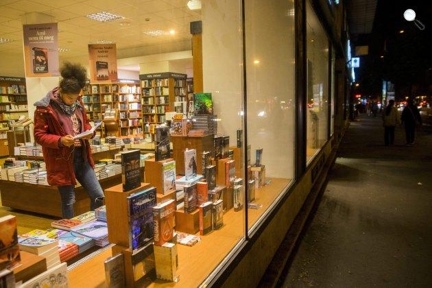 Könyvesbolt az Olvasás éjszakája Budapesten (MTI Fotó: Balogh Zoltán)