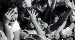 Beatles koncerten a rajongók, 1965 (Fotó: listal.com)