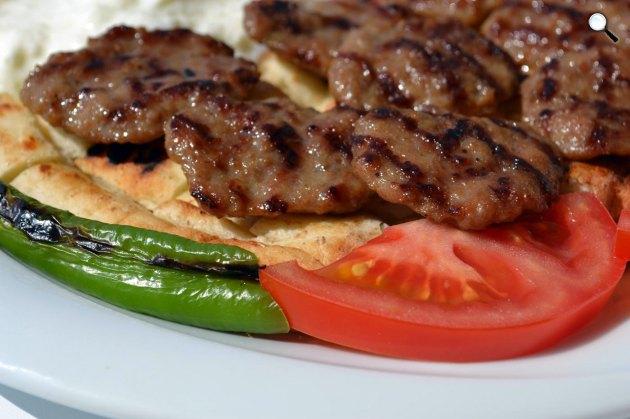 Török pideli kebab (Fotó: Foodewine.com)