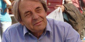 Szegedy-Maszák Mihály író, szerkesztő (1943-2016) (Fotó: Wikipédia)