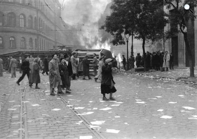 1956. október, Budapest (Fotó: Fortepan)