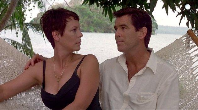 John le Carré: A panamai szabó - Jamie Lee Curtis és Pierce Brosnan, 2001 (Fotó: listal.com)
