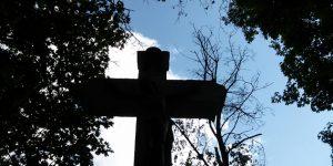 Feszület, kereszt, temető (Fotó: Cultura.hu)