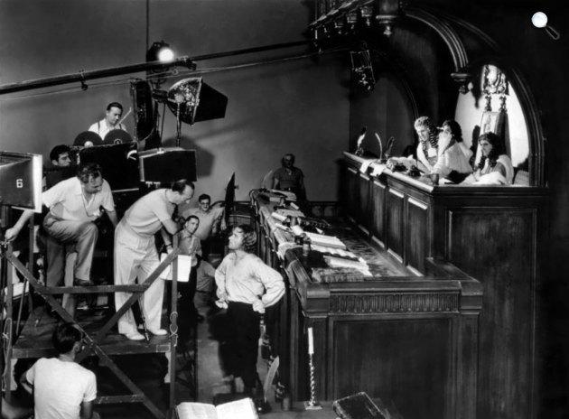 Blood kapitány forgatásán Errol Flynn és Michael Curtiz (Kertész Mihály), 1935 (Fotó: listal.com)