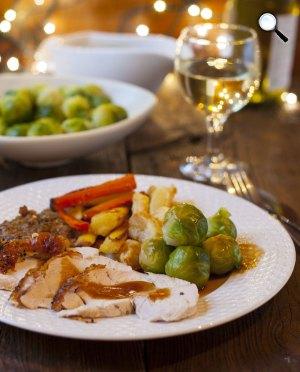 Karácsonyi asztal, egészséges ételek (Fotó: pixabay.com)