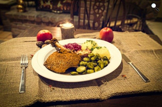 Karácsonyi asztal, egészséges ételek, sült kacsa(Fotó: pixabay.com)