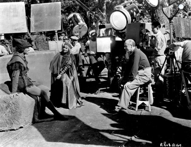 Robin Hood - Errol Flynn, Olivia de Haviland és Michael Curtiz (Kertész Mihály), 1938 (Fotó: listal.com)