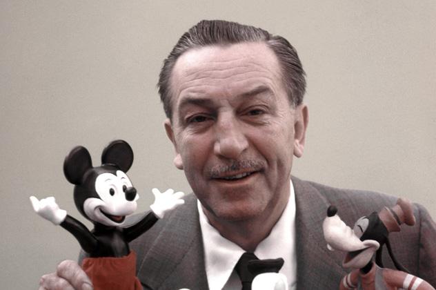 d576fdb41f Bár nem sokan mondanák meg róla, Walt Disney hőse, Mickey egér (Mickey  Mouse) november 18-án már a 90. születésnapját ünnepelte.