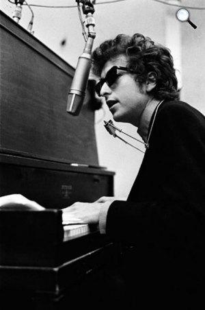 Bob Dylan Nobel-díjas zenész (Fotó: listal.com)