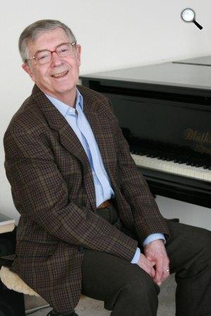 Gonda János Erkel Ferenc-díjas zongoraművész, zeneszerző, zenetörténész (Fotó: prea.hu)