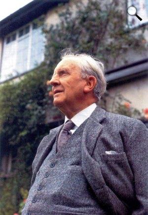 J.R.R. Tolkien (1892-1973) író, nyelvész  (Forrás: tolkien.co.uk)