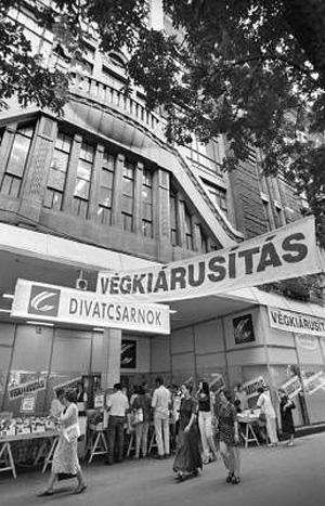 Divatcsarnok az Andrássy úton, Budapest (Fotó: nol.hu)