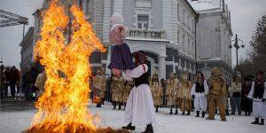 Farsang, télűzés, Kaposvár (MTI Fotó: Varga György)