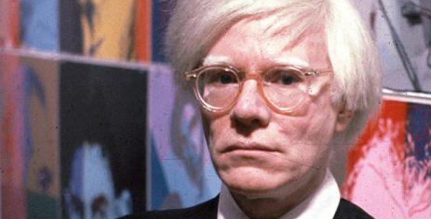 Andy Warhol önarcképe