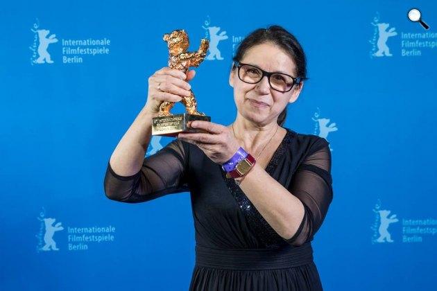 Enyedi Ildikó Testről és lélekről című alkotása nyerte a legjobb filmnek járó Arany Medve díjat a Berlinalén, 2017 (Fotó: @berlinale)