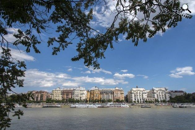 Budapest, Duna-part, Palatinus házak (Fotó: Gyulai Szilvia)