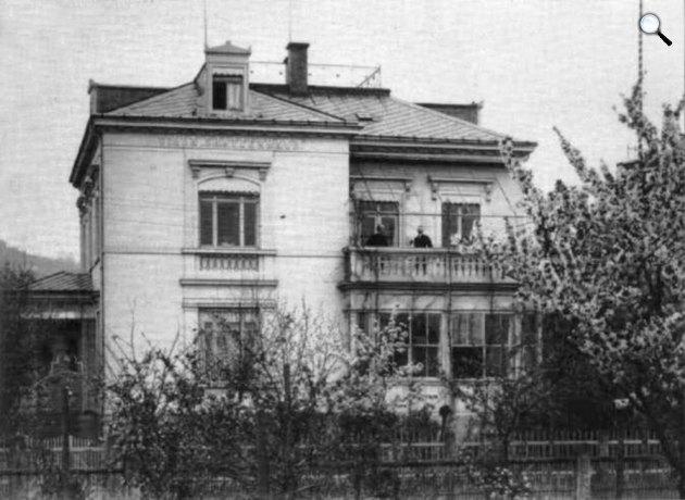 Karl May (1842-1912) és dr. Weigl az író otthonában, Villa Shatterhand, Radebeul, c. 1905 (Fotó: karl-may-haus.de)