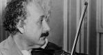 Albert Einstein hegedül, 1931 (Fotó: history.com)
