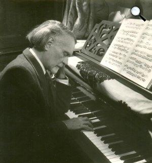 Kodály Zoltán (1882-1967), zeneszerző, zenetudós (Fotó: Gink Károly / fotomuveszet.net)
