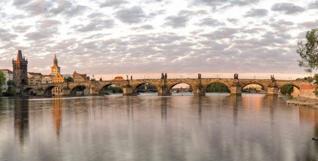 Séta a prágai Károly hídon