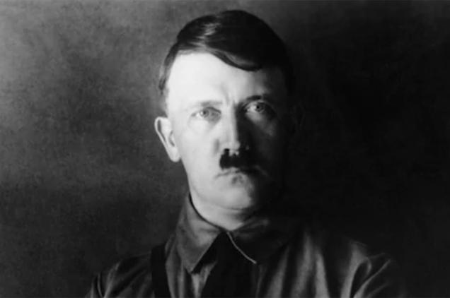 Adolf Hitler az öngyilkosságot választotta