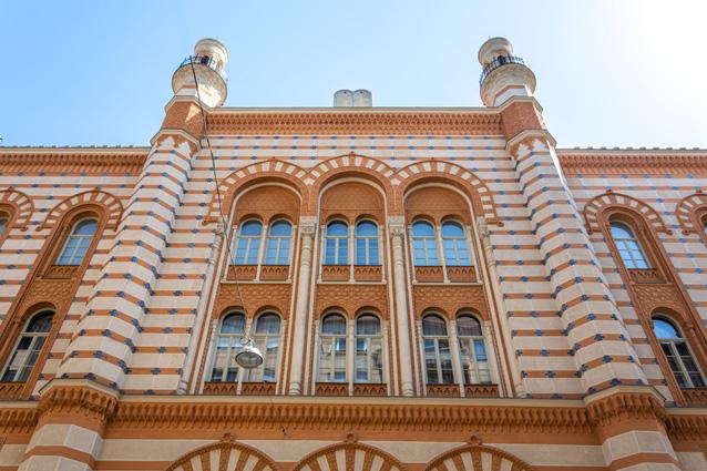 Lélegzetelállító, keleties varázs – koncertek a felújított Rumbach zsinagógában