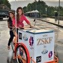 Triciklivel a felvételiért